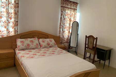 Spacious 2BR  Flat In Accra