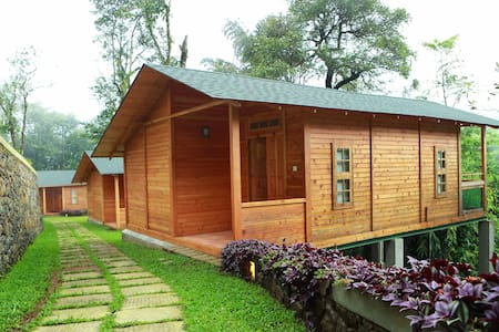 Wooden Chalets at Misty Mountain Plantation Resort - Kuttikkanam - 牧人小屋