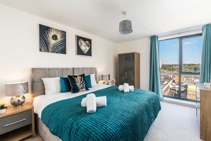 2 Bed Brand New Apartment - Stevenage Town Centre