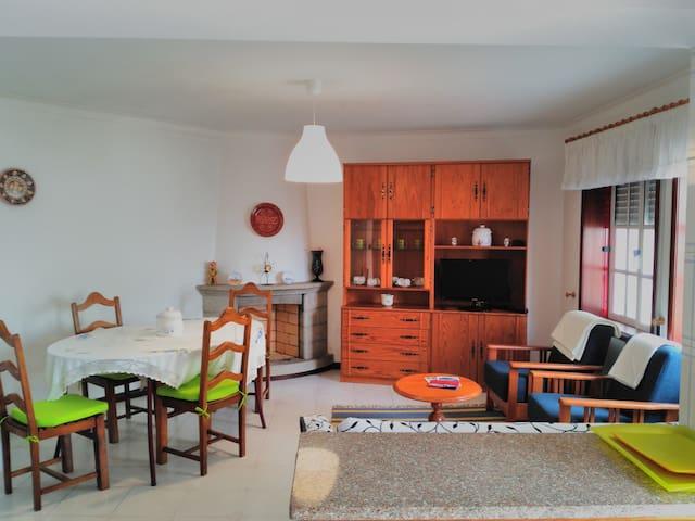 Apartment next to the Beach