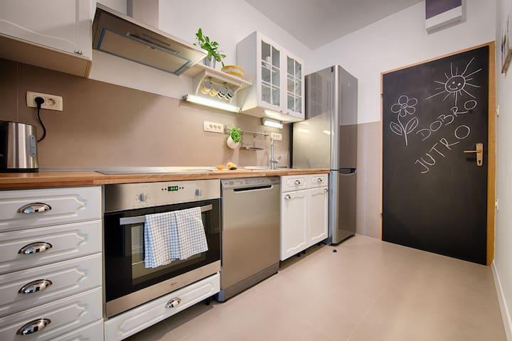 House Zambarlin, Apartment Tonina