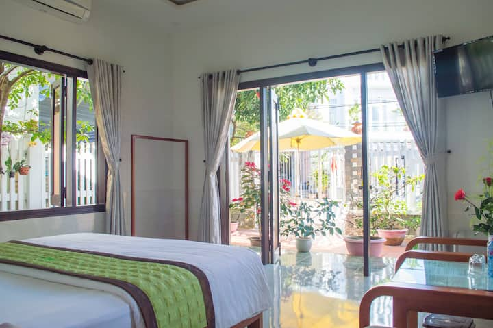 Halo Homestay - Deluxe Double Room 1