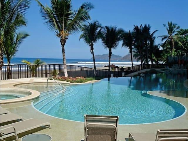 Vista Las Palmas Luxury Spacious Ocean Front Condo