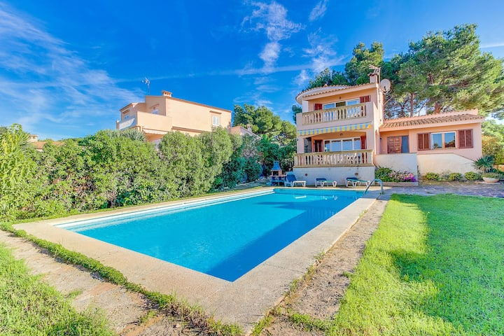 Villa Aquari: sea views and private pool