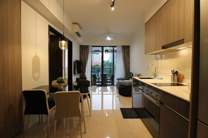 Bright & Airy 1BR APT Beside Bartley MRT