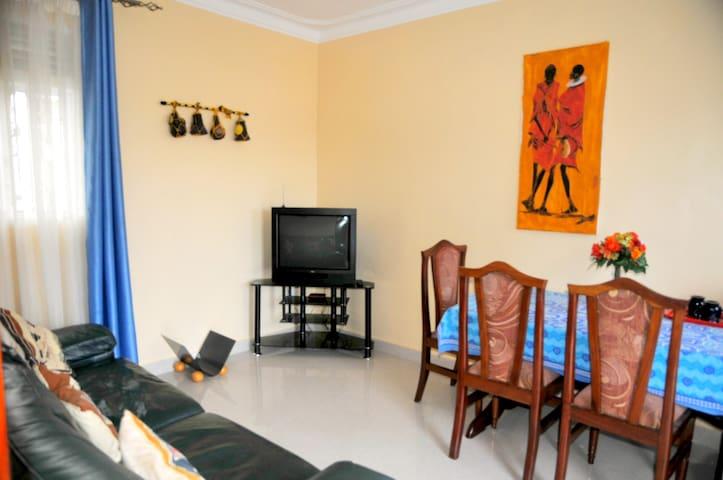 Victoria lake view guest house - Entebbe  - Dům