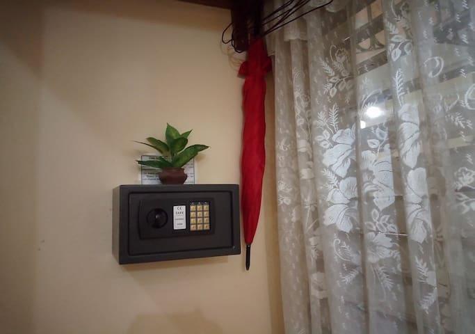 Hostal Dailyn & Familia [Room # 1]