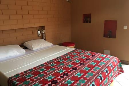 Hôtel Amédzépé, chambre Lucien