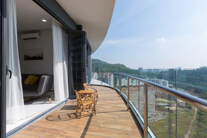 New Arte S Condo Near USM★Big Balcony ⛨DISINFECTED