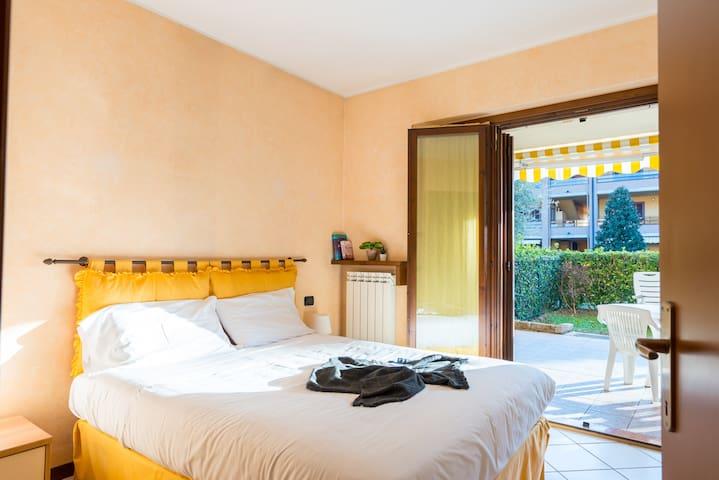 Bright Apartments Sirmione- Tito Speri Pool&Garden