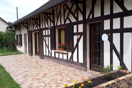 Relaxing Holiday Home in Dosches near Town Centre