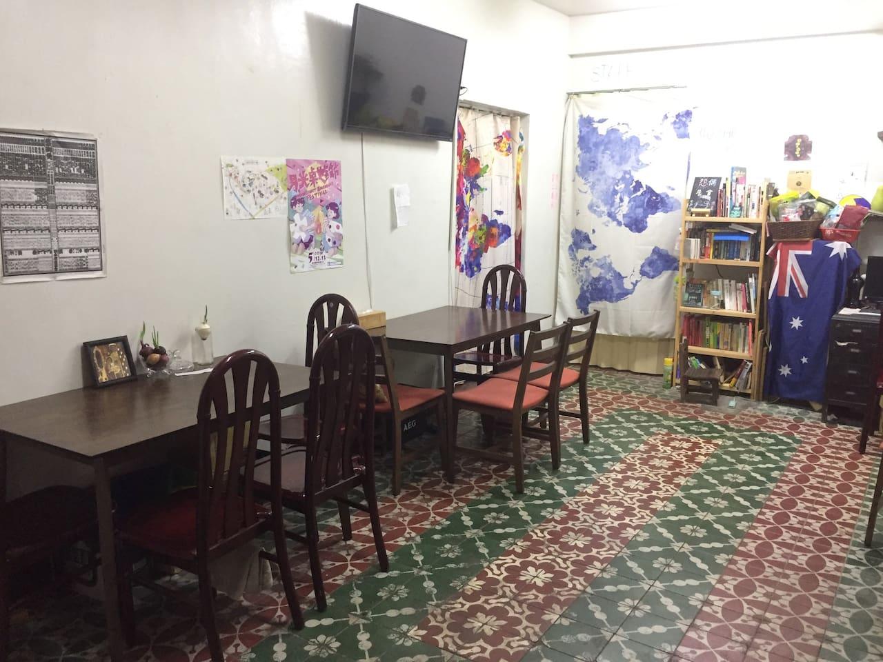 1樓桌遊及餐飲空間