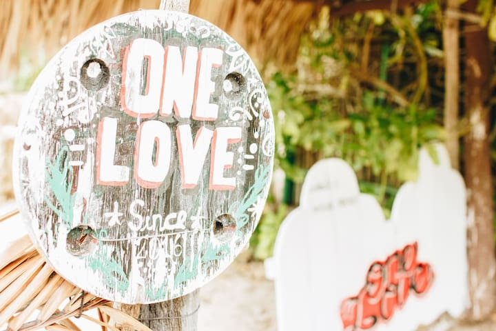 ONE LOVE shared Cabana