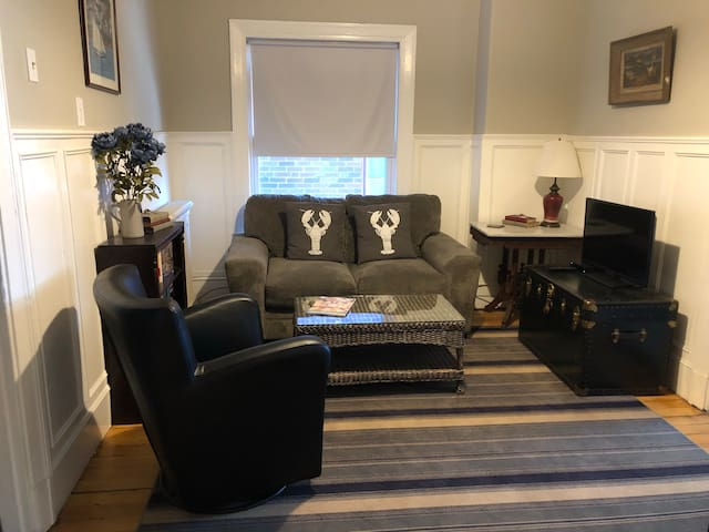 Cozy & Comfortable apartment in a perfect location