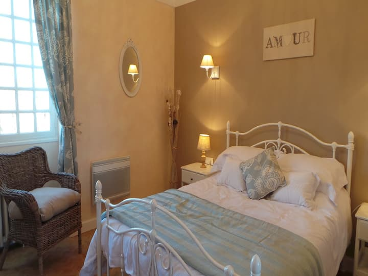 """Le Montaigne"" Bed and Breakfast"