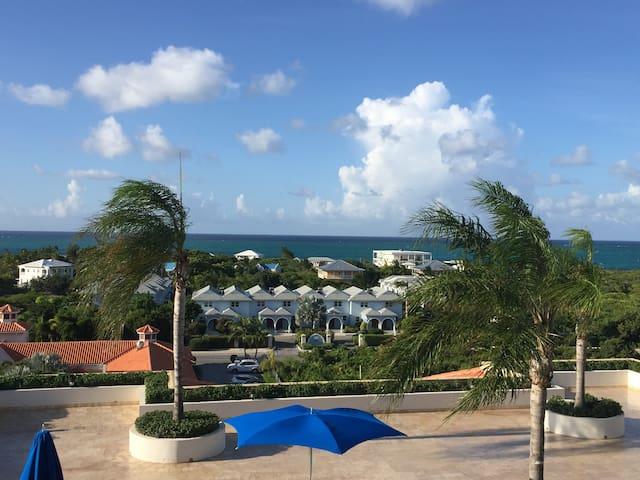 Luxury Ocean View Studio Suite at LVA