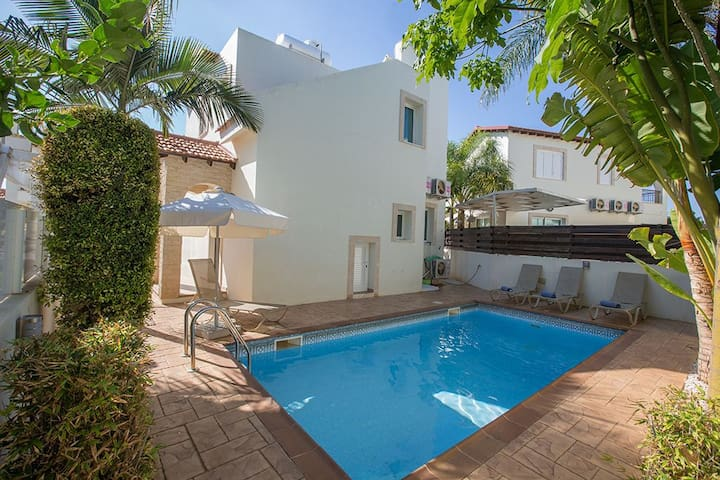 Protaras Holiday Villa KV19
