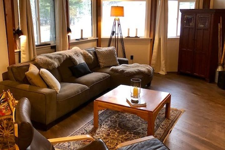 The Chalet at Black Mountain Lodge