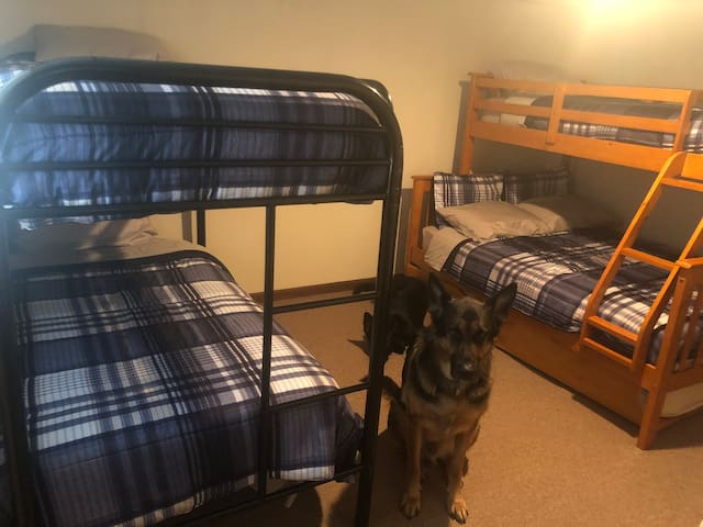 4th bedroom downstairs. Twin over twin and twin over full with a twin trundle. Sleeps 6