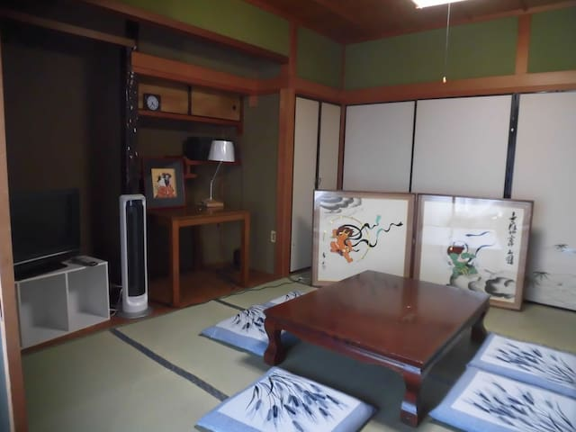 Rabbit-House Sakurai  (2A-Rooms) 大阪35min. 京都60min. - Sakurai-shi - Dom