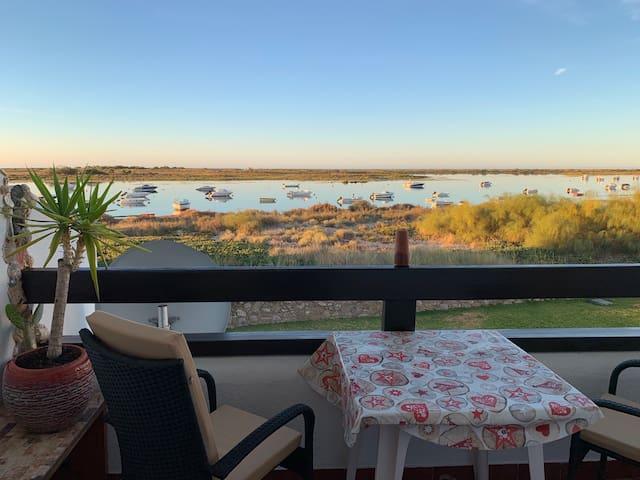 Gemütliches Apartment mit wunderschönem Meerblick