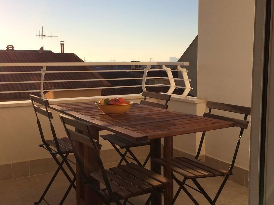 Tavolo 6 posti per terrazzo, pieghevole