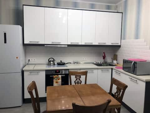 Уютная квартира с хорошим ремонтом в Коммунарке