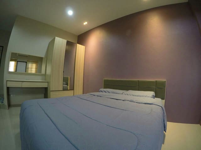 Private room in Phuket town - Muang  - Haus
