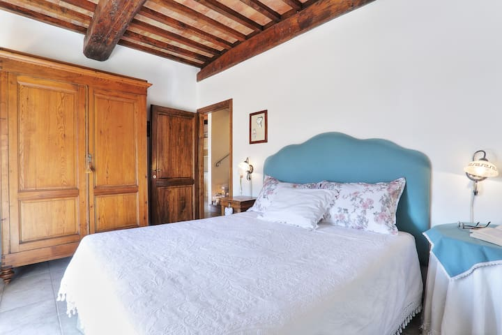 double bedroom on the first floor with panoramic terrace (bedroom n. 1)