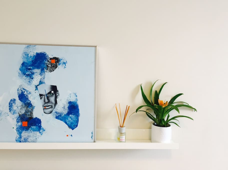 Wall Art and plant in bedroom