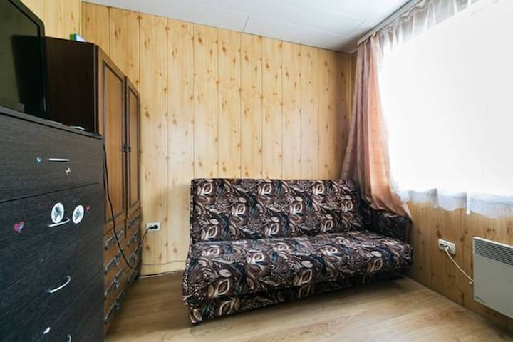 Cosy room in an airport proximity - Шишкино (домодедово) - Hus