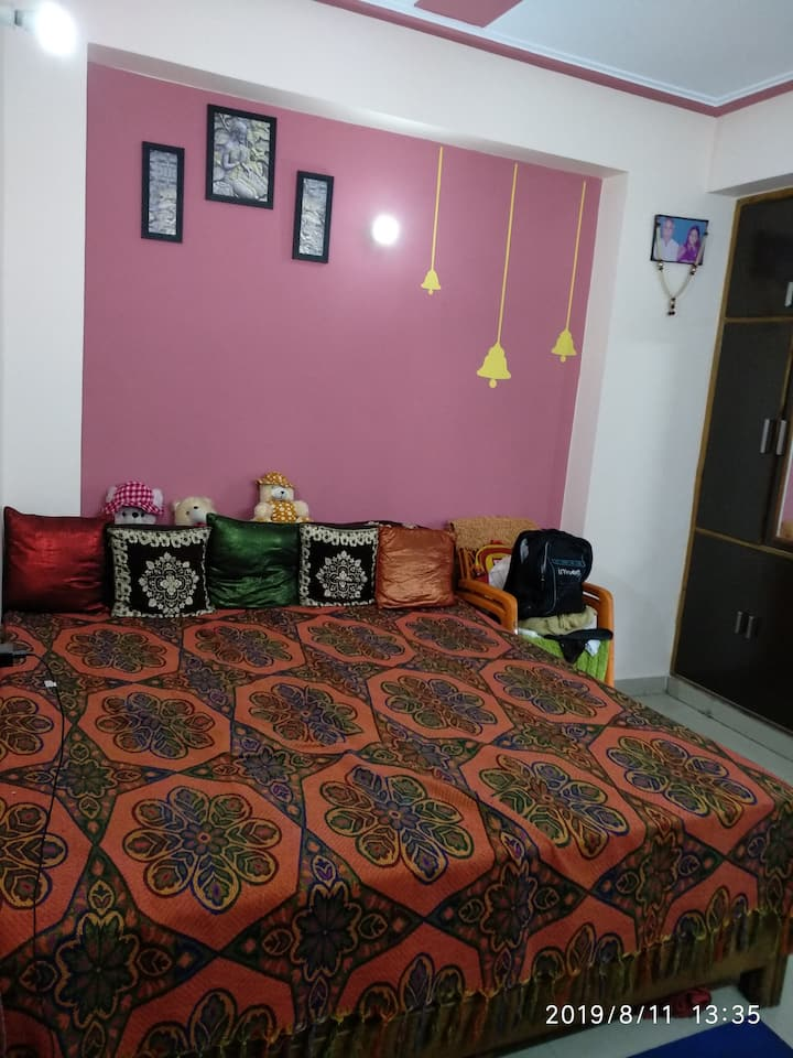 Veg Homestay for Female guests only