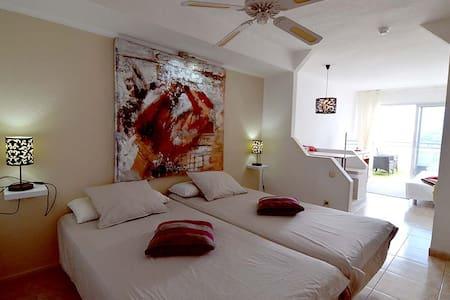 Studio with sea view and heated pool, near beach - Costa Adeje - 公寓