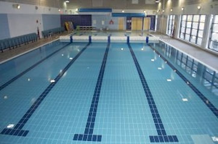 Swimming Pool with sauna and steam room. Show your card and its 3 minutes walk from the Garden Room.