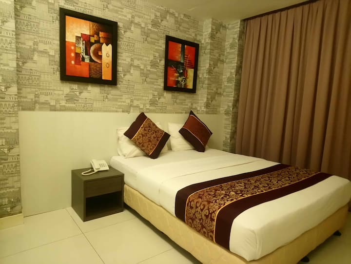 ESQ Shamelin Hotel - Deluxe Double Room