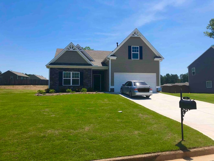 Brand New Ranch Style Family House