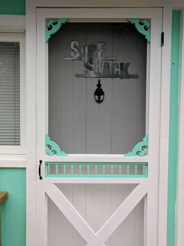 The Surf Shack,  steps to the Beach and Strip