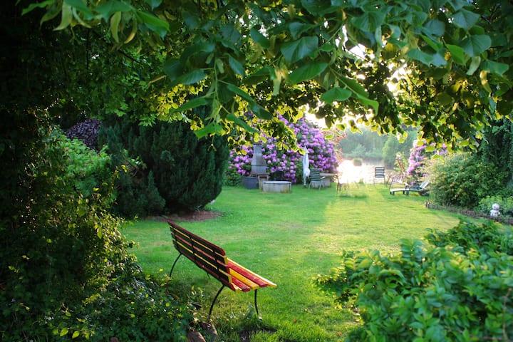 Wohnung mit Gartennutzung in ruhiger Lage.