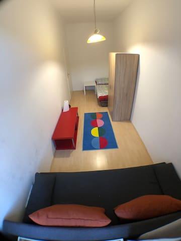 Helle Zimmer in Margareten