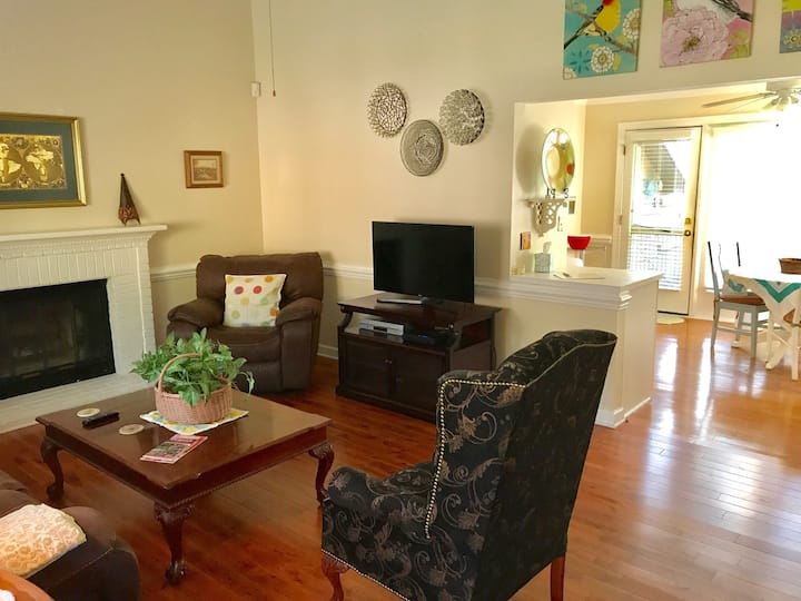 Great south Durham location - you'll have it all!