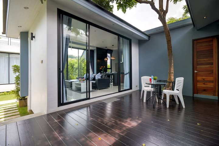 V.1 Standard Villa, Sharing Pool, Garden View, 2BR