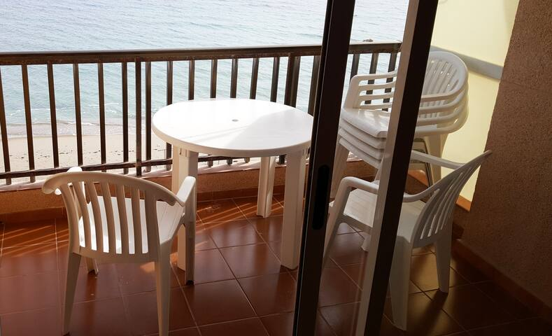 Front of fine sand beach apartment seaview wifi - Torre de la Horadada - Lejlighed