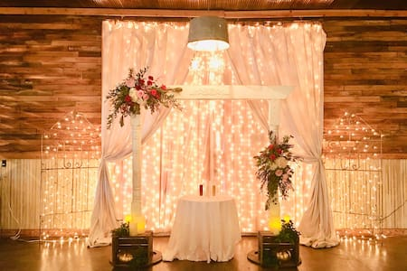 DIY Rustic Wedding Barn-150 guests