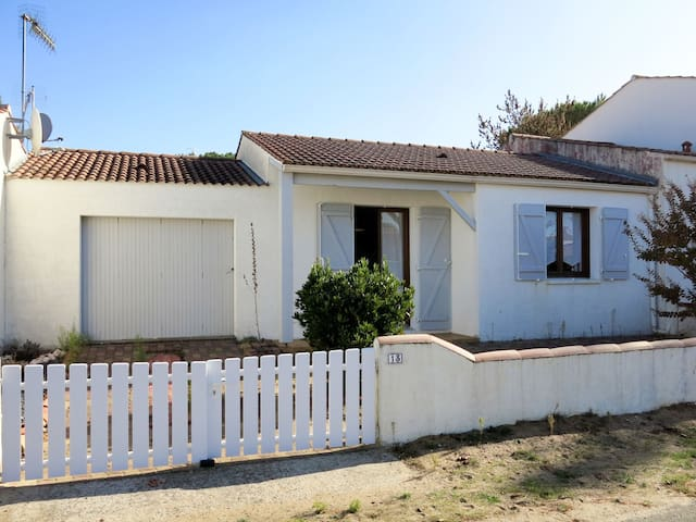 Holiday home in La Tranche-sur-Mer for 4 persons