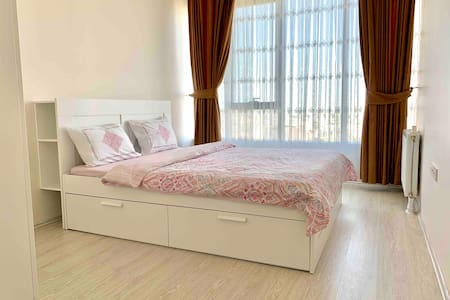 Stylish apartment on the 33rd floor -  Akbati Mall