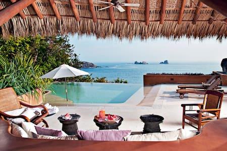 Captivating views/ Private Beach Getaway!