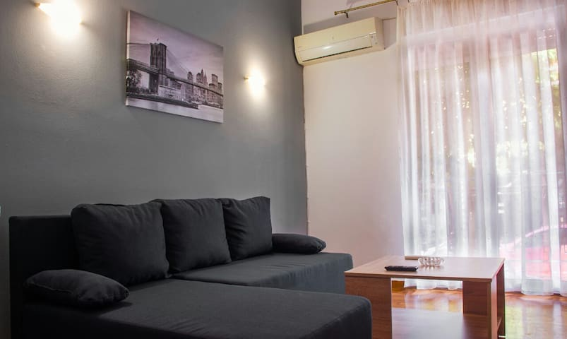Koukaki Apartment in the Heart of Athens