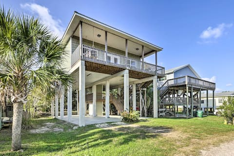 Family-Friendly Waterfront Oasis ~7 Miles to Beach