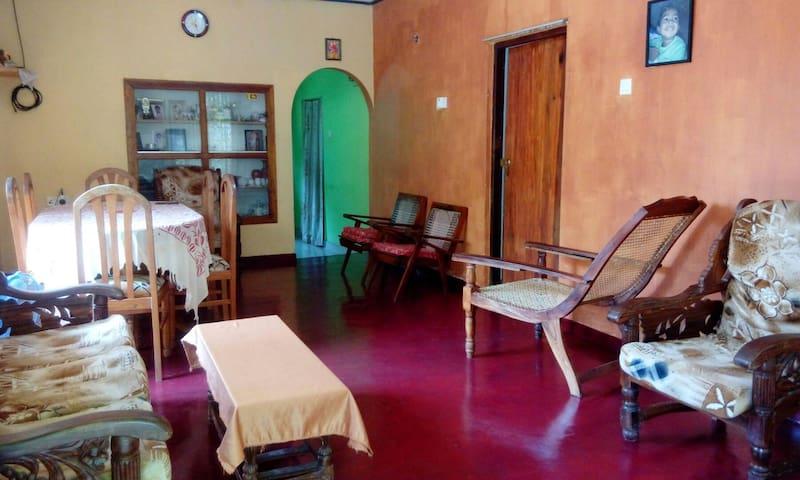 Hikkaduwa - Villa Newton