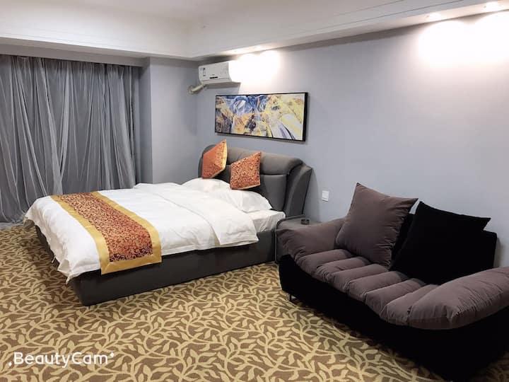 爱丽芬特豪华大床精品酒店